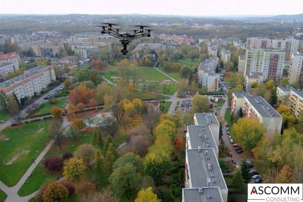 Usługi dronem z powietrza